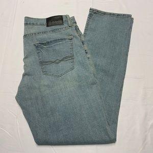 Denizen by Levi's Size 34 Light Wash Skinny Jeans